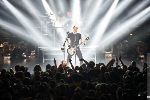 01-2012-11818 - Nickelback (US)