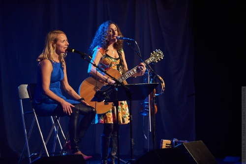 01-2012-12154 - Tamra Alberte Og Anne Dorte (DK)