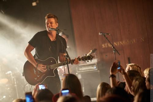 01-2012-13359 - Tyler Ward (US)