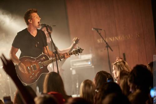 01-2012-13365 - Tyler Ward (US)