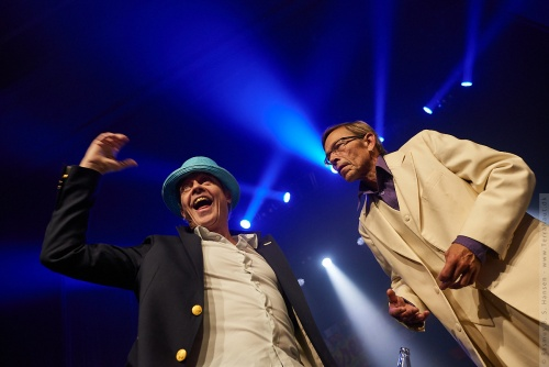01-2012-13385 - Danser Med Drenge (DK)