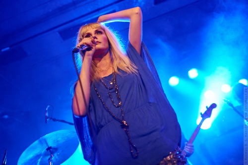 01-2012-13807 - The Asteroids Galaxy Tour (DK)