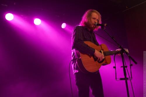 01-2013-00638 - Stu Larsen (AUS)